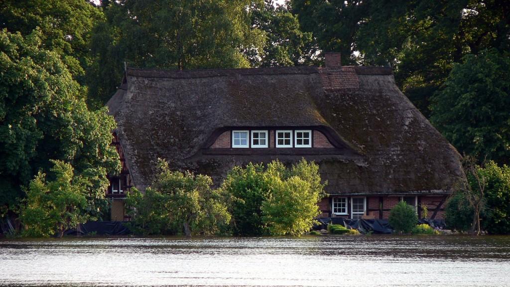 Sicherungsmaßnahmen an einem der schönsten Häuser Gorlebens